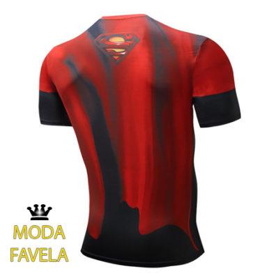 T-shirt Super homem vermelha e preta costas