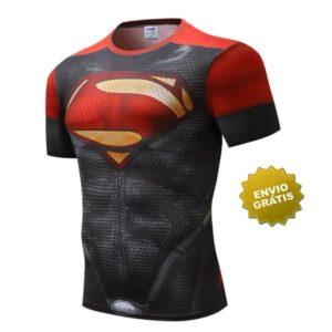T-shirt Super homem preta e vermelha
