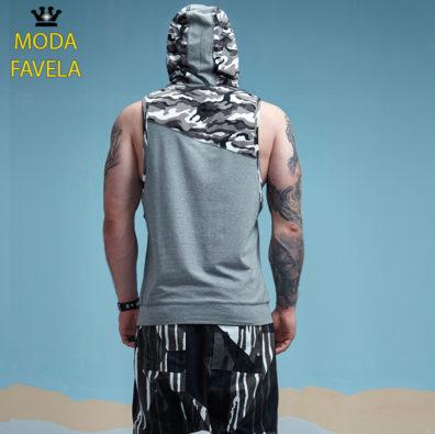 T-shirt Caviada com Capuz