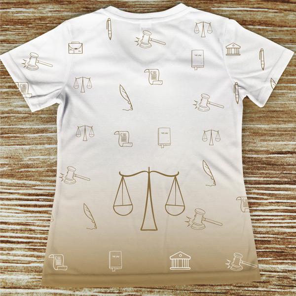 T-shirt profissão/curso Advogada costas