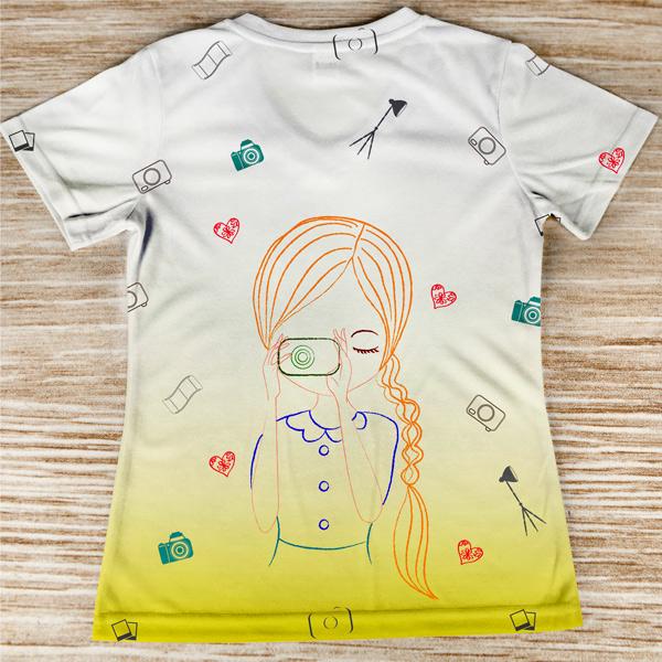 T-shirt profissão/curso Fotógrafa costas