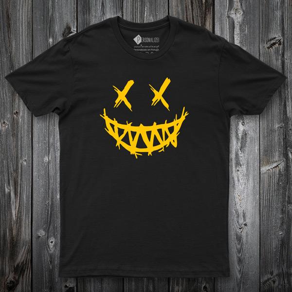 T-shirt Dark Smile preta