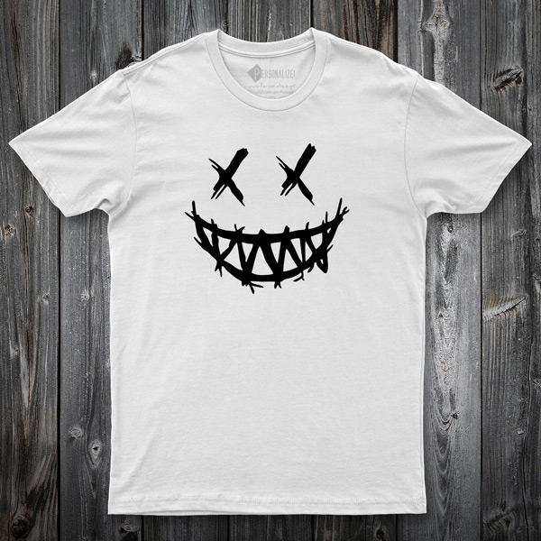 T-shirt Dark Smile branca