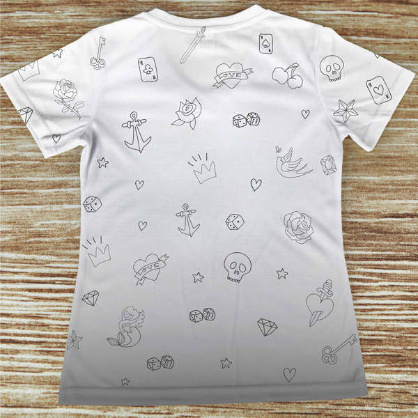 T-shirt profissão/curso Tatuadora costas